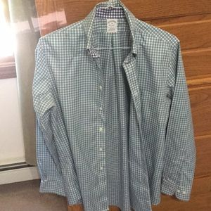 Brook brothers men shirt size medium